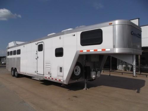 2006 Cimarron 4 Horse 14 Living Quarters W Bunk Beds