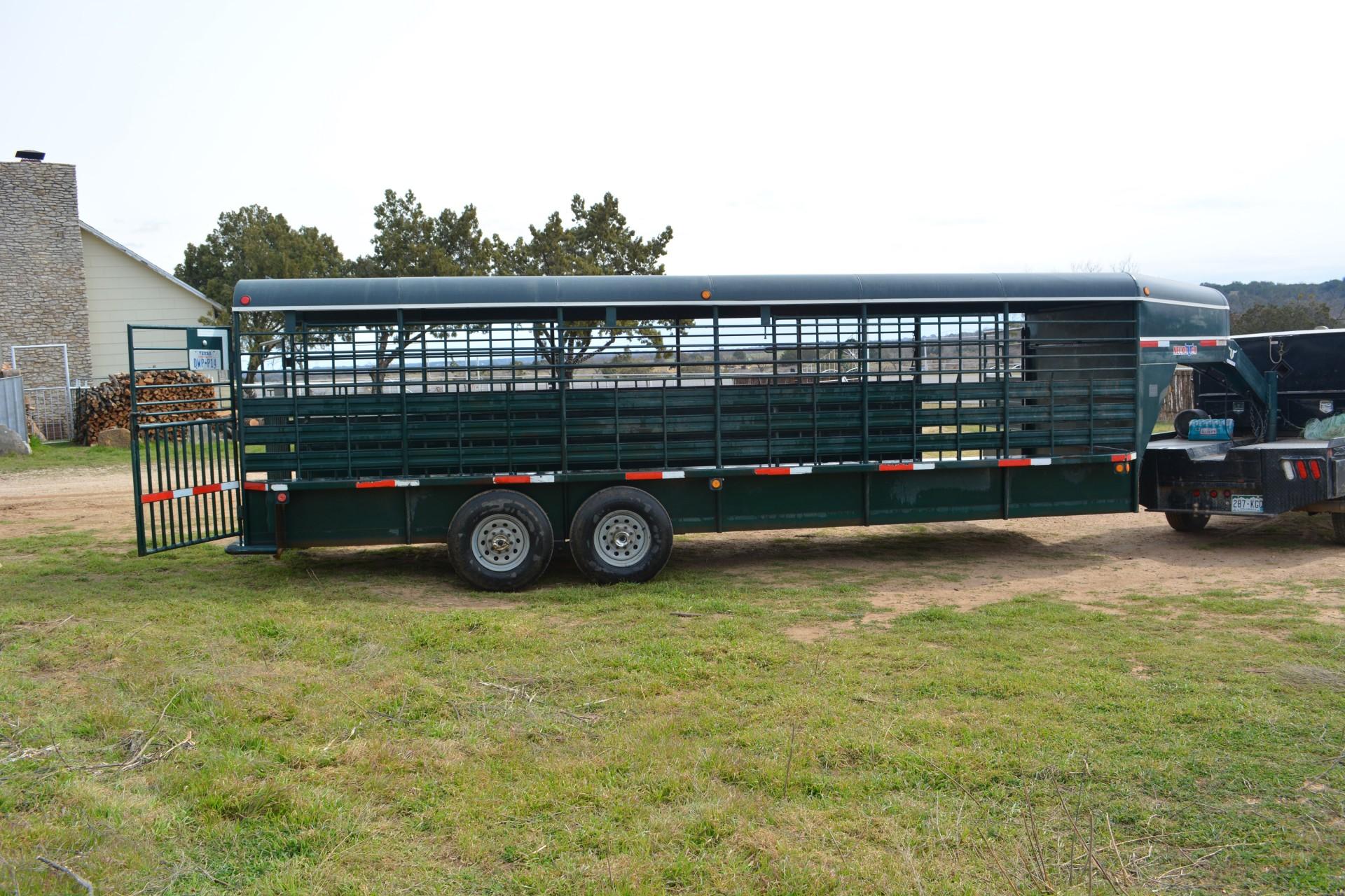 2011 Neckover stock trailer