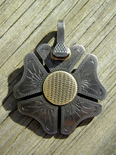 Jd Handmade Creations: Handmade JD Moss Spur Rowel Pendant