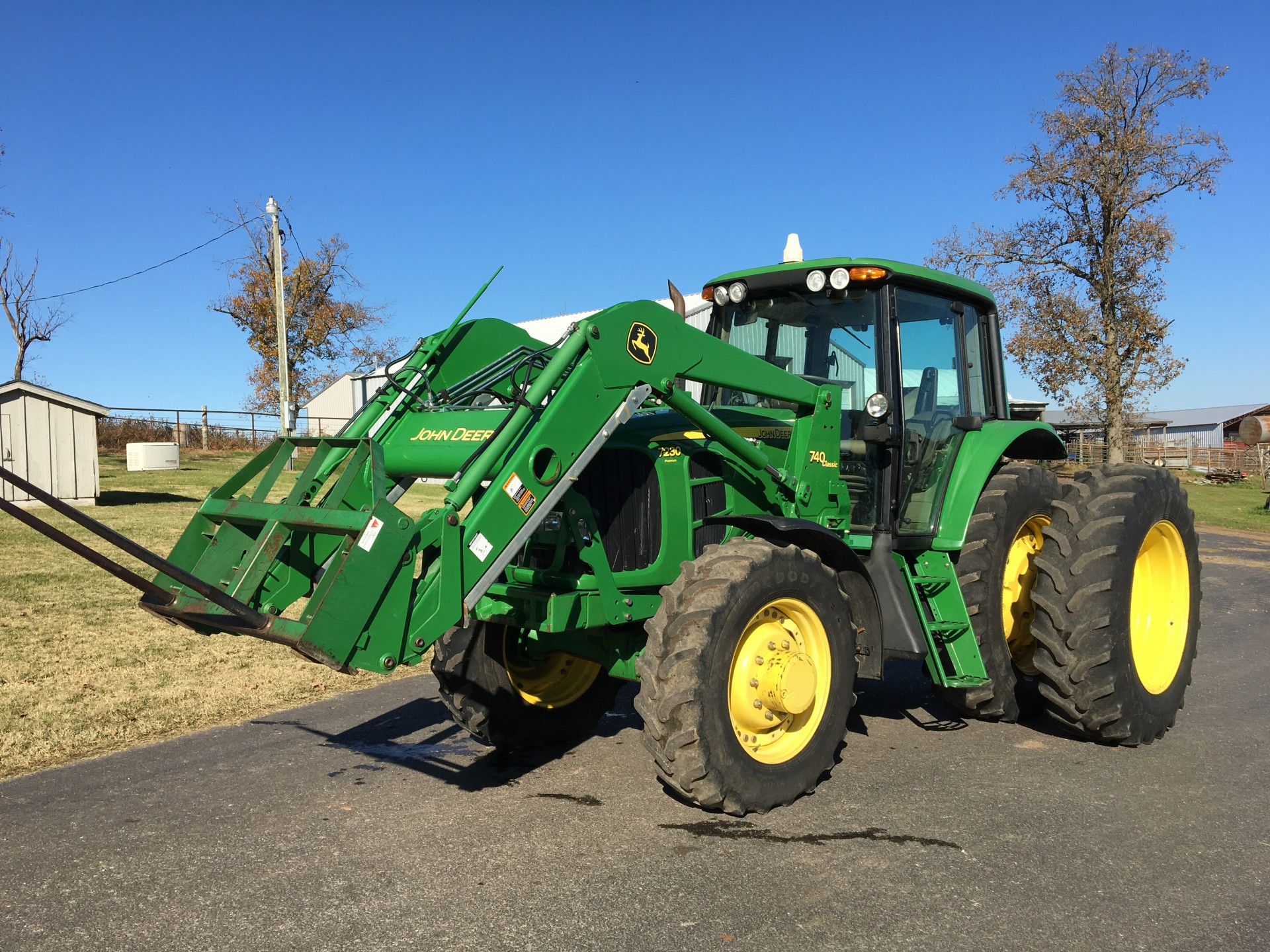 Hay Tractor With Loader : John deere premium mfwd loader tractor w hay spears