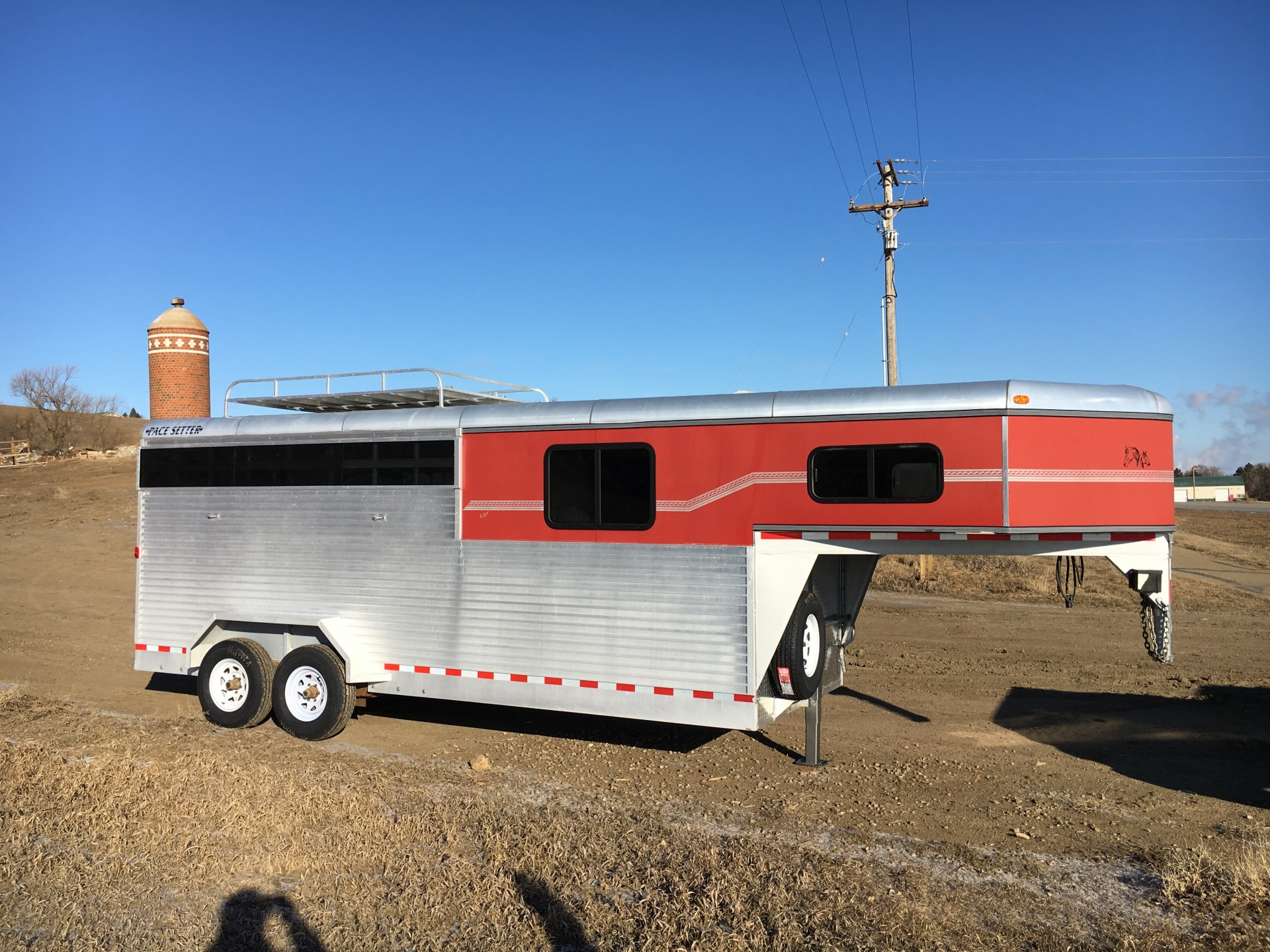 2005 Pacesetter 4 horse