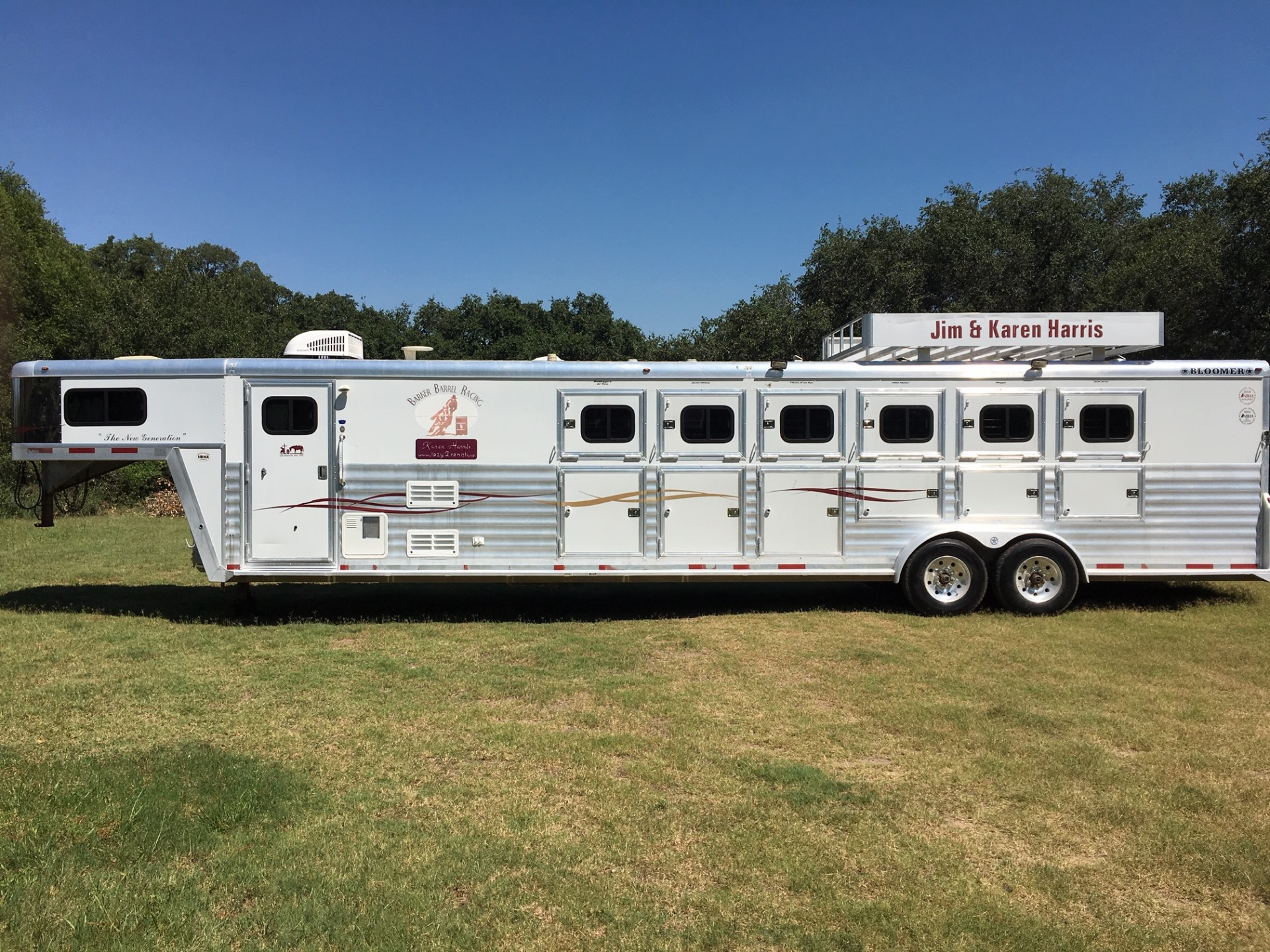 2004 Bloomer Evolution 6 Horse Slant Load
