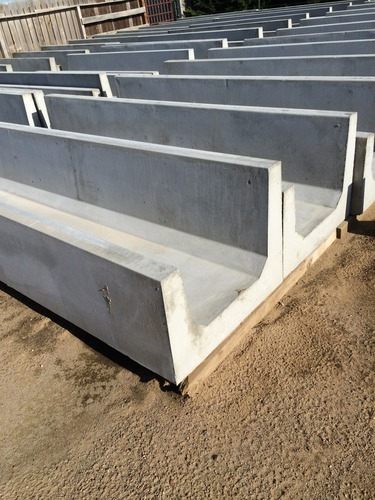Concrete Round And Flat Bottom Feed Bunks