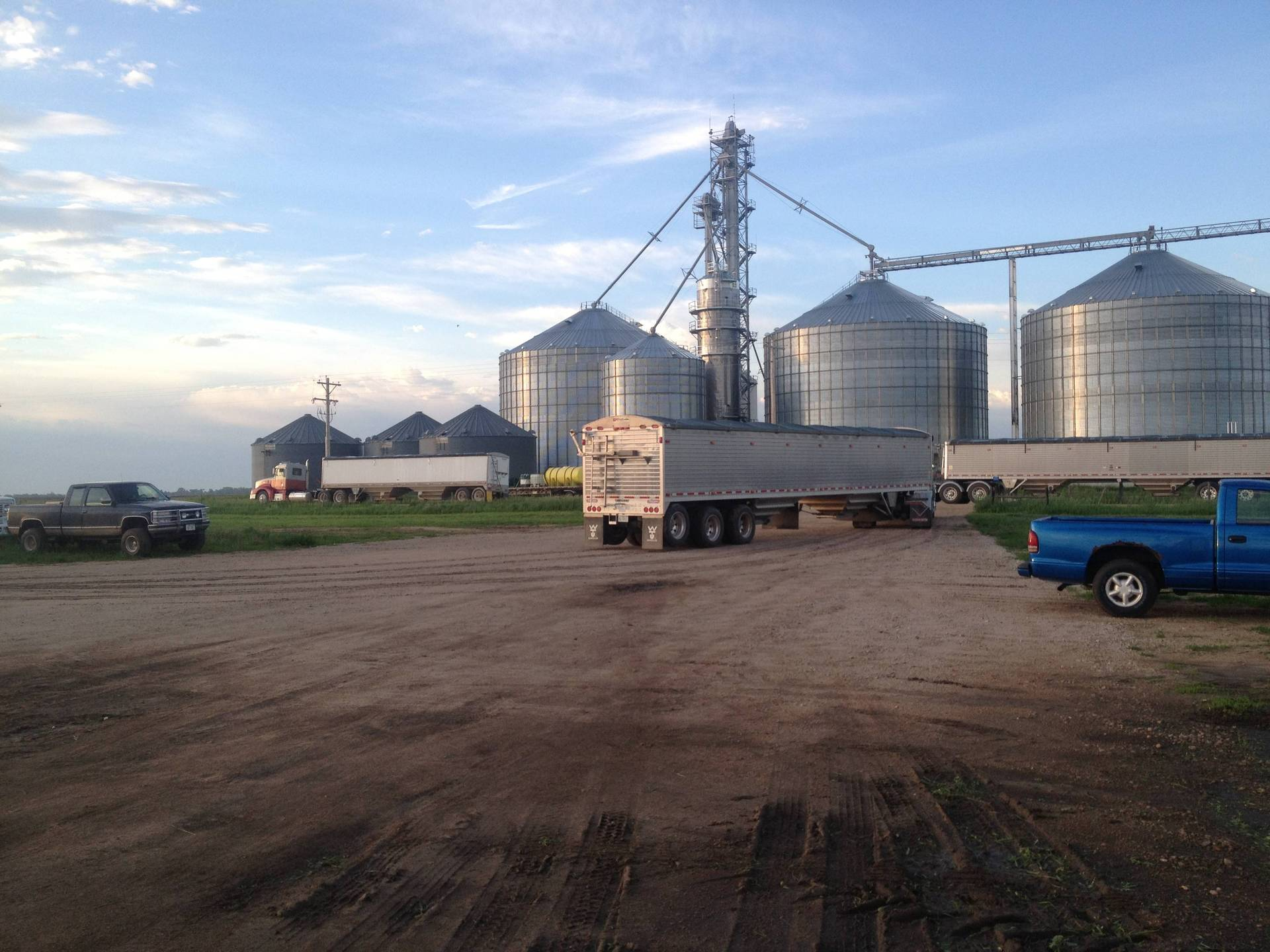 Summit farms iowa wanted row crop employee nebraska